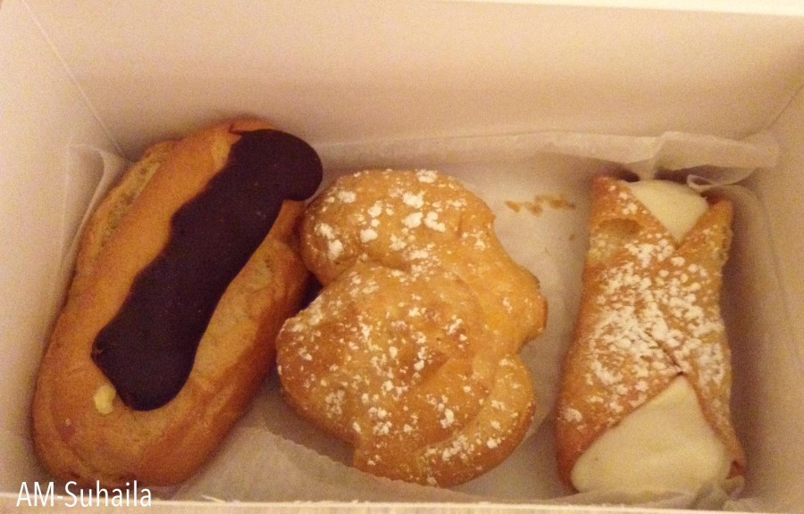 Eclairs and Cannoli