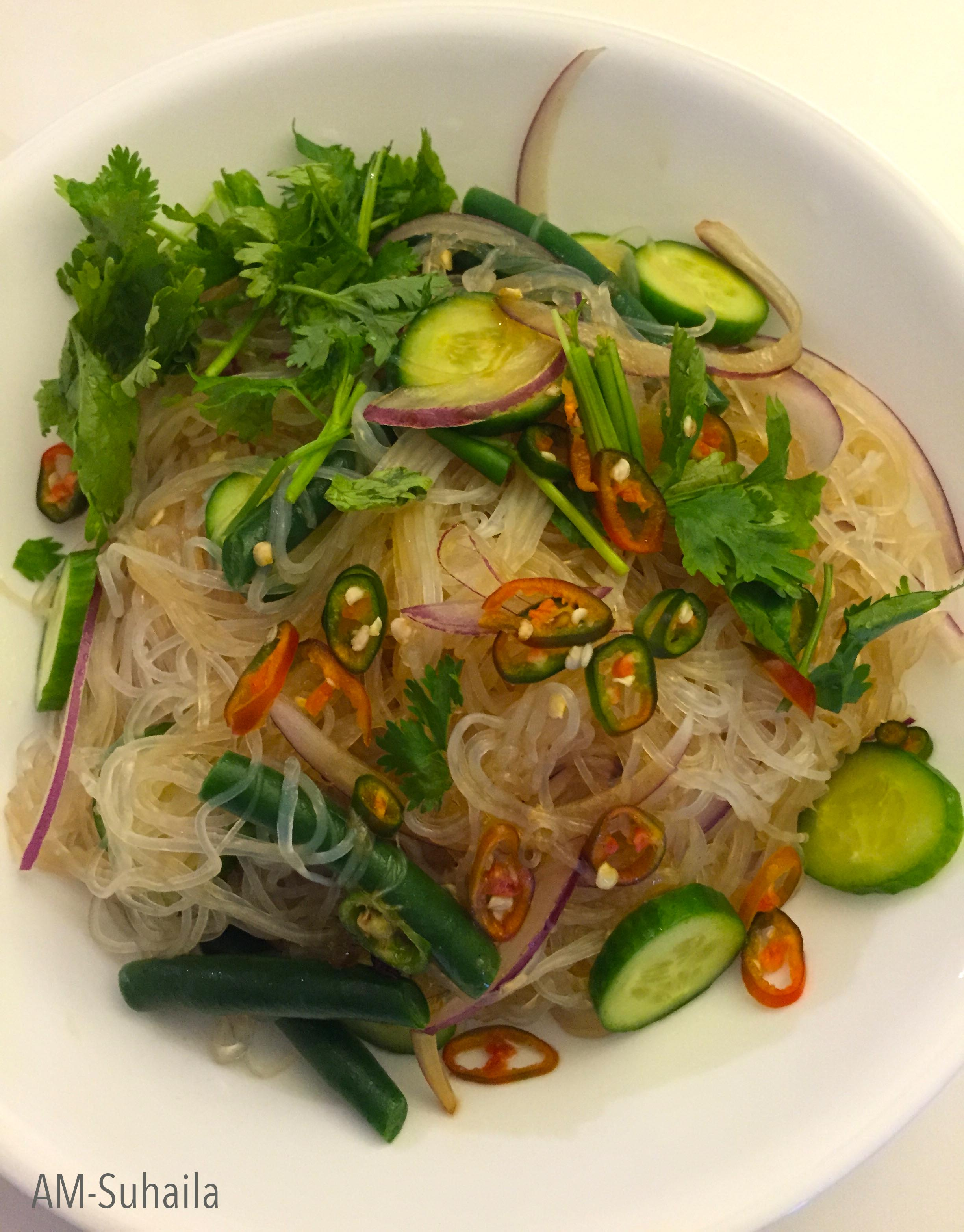 how to make thai glass noodle salad