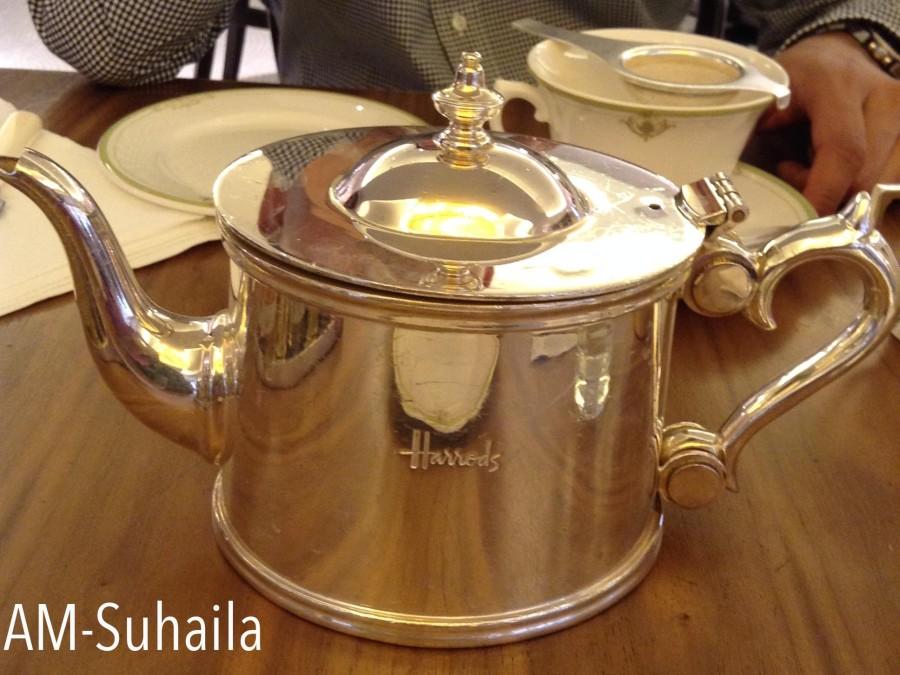 Lovely Tea-set at Harrods