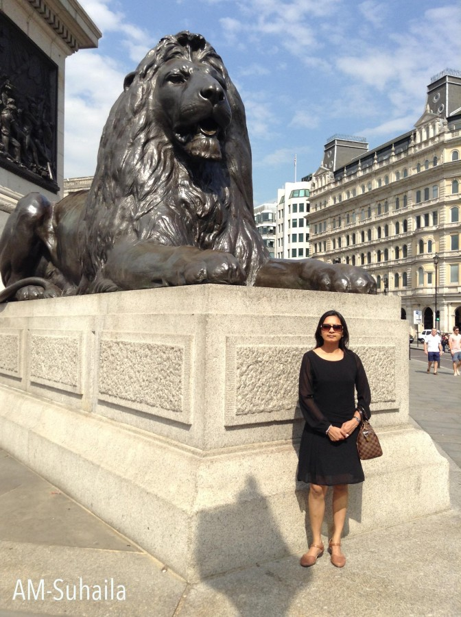 With the famous lion statue